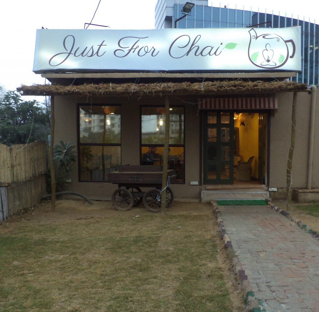 Top Places in Delhi for Delicious Food Under Rupees 200