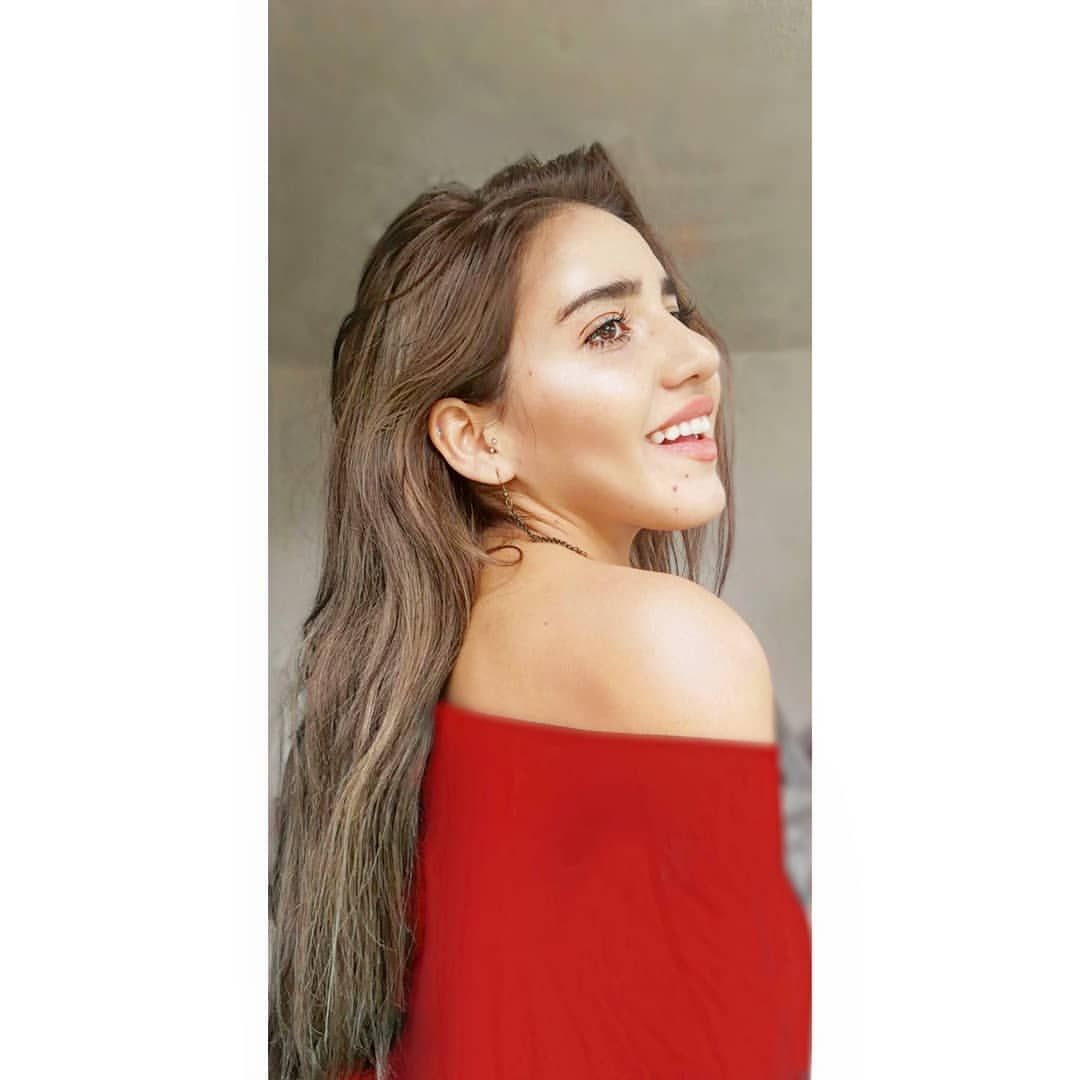 Andrea Garcia Videos ▷ andrea garcia - @ndresire instagram profile & stories