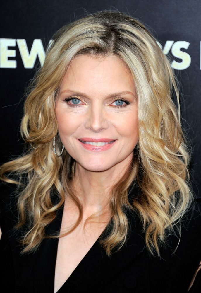 Michelle Pfeiffer, Age 53, 50 Women Over 50 Who Have Aged -7106