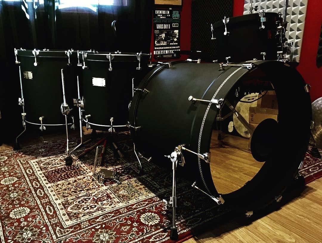 Varus Drums On Instagram My Personal Kit Waiting The 10 And The Subkik Customdrums Drums Varusdrums Drums Drum Kits Drums Studio
