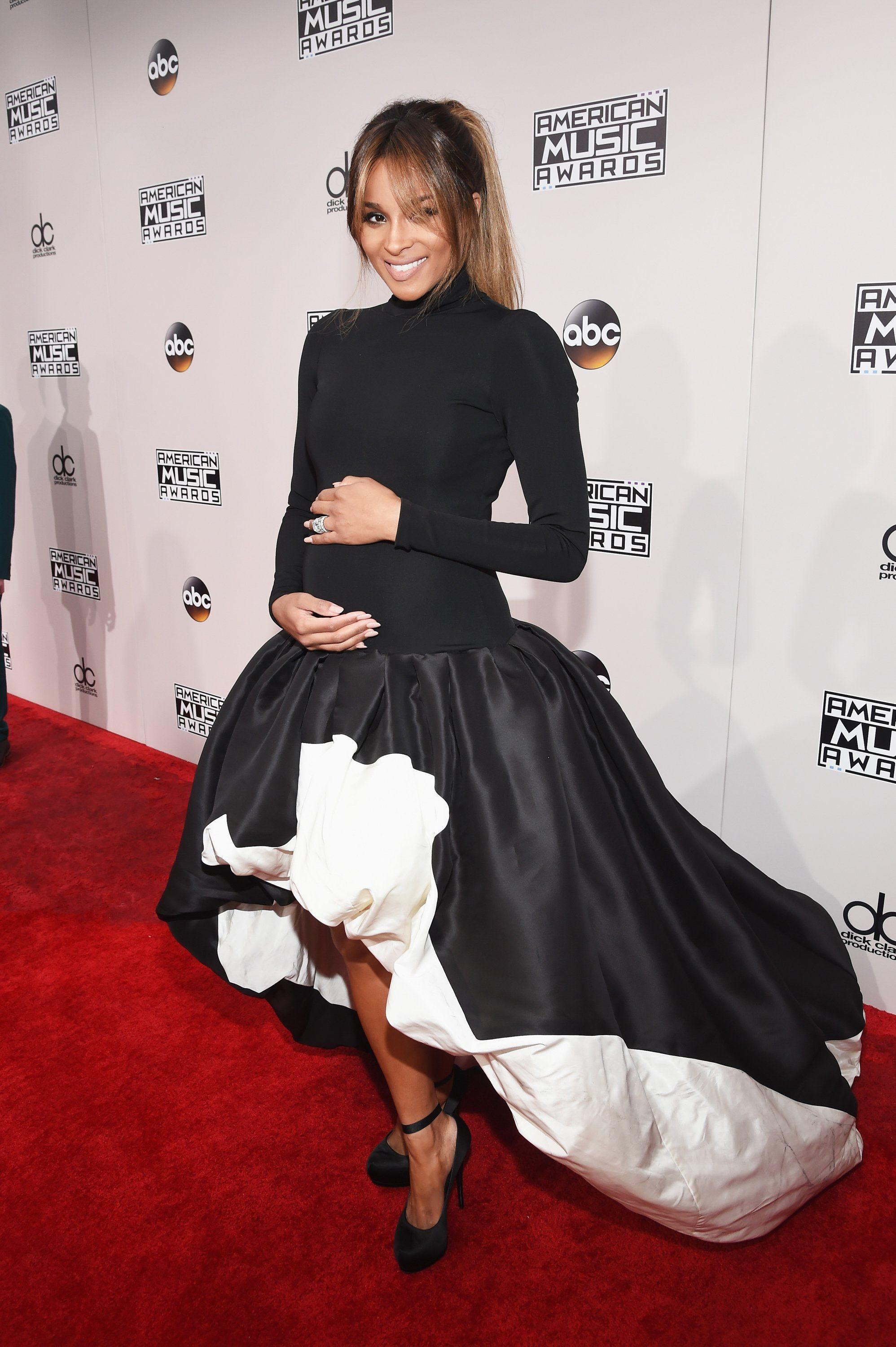 Ciara on Her Major Maternity Style Moment at the AMAs