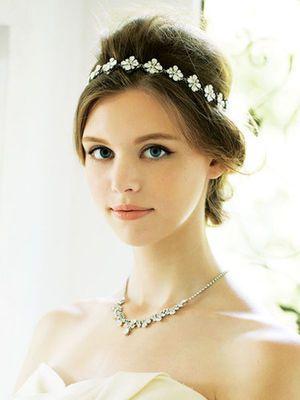 311f4704786fb 先輩花嫁・モデル事例 ヘッドドレス別・花嫁のヘアスタイル ...