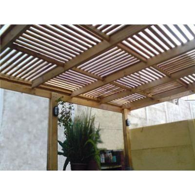 En madera terrazas cobertizos y p rgolas foto 2 for Techos planos modernos