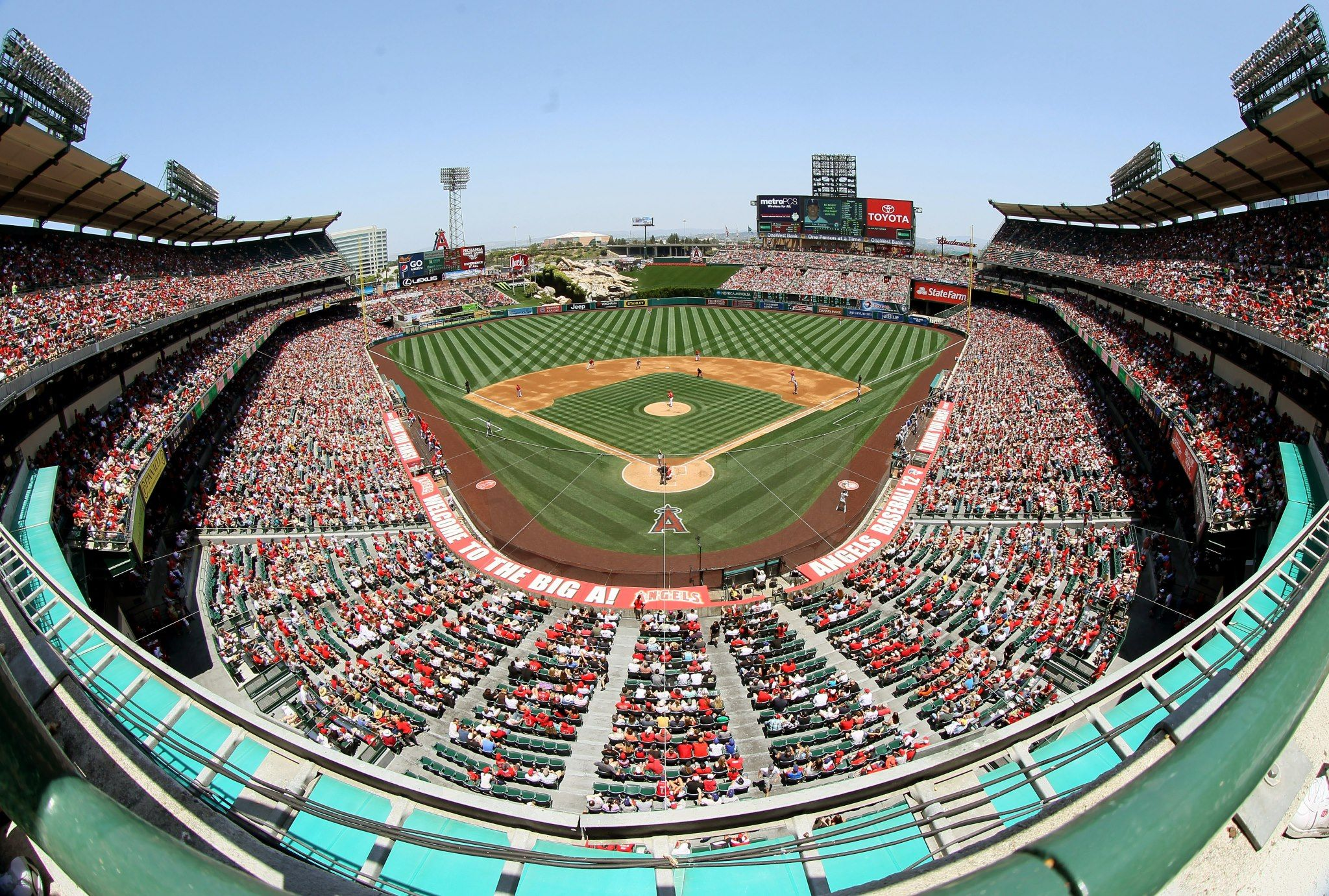 Cool Pic Of Angel Stadium Angel Stadium Anaheim City Los Angeles Angels