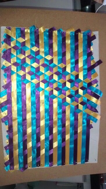 how to make tumbling block quilt by weaving strips of fabric - new blueprint paper binding strips
