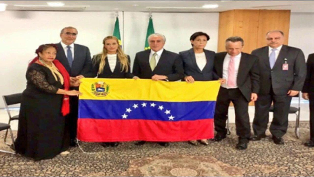 Michel Temer se reúne com venezuelanos.  A imprensa não divulgou