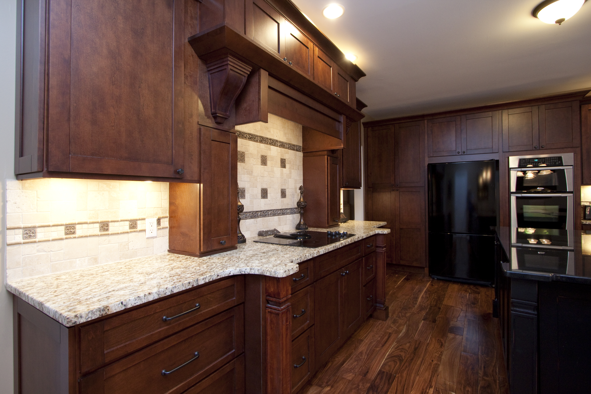 Manchester Shaker Brandywine With Images Assembled Kitchen Cabinets Shop Kitchen Cabinets Kitchen Cabinets