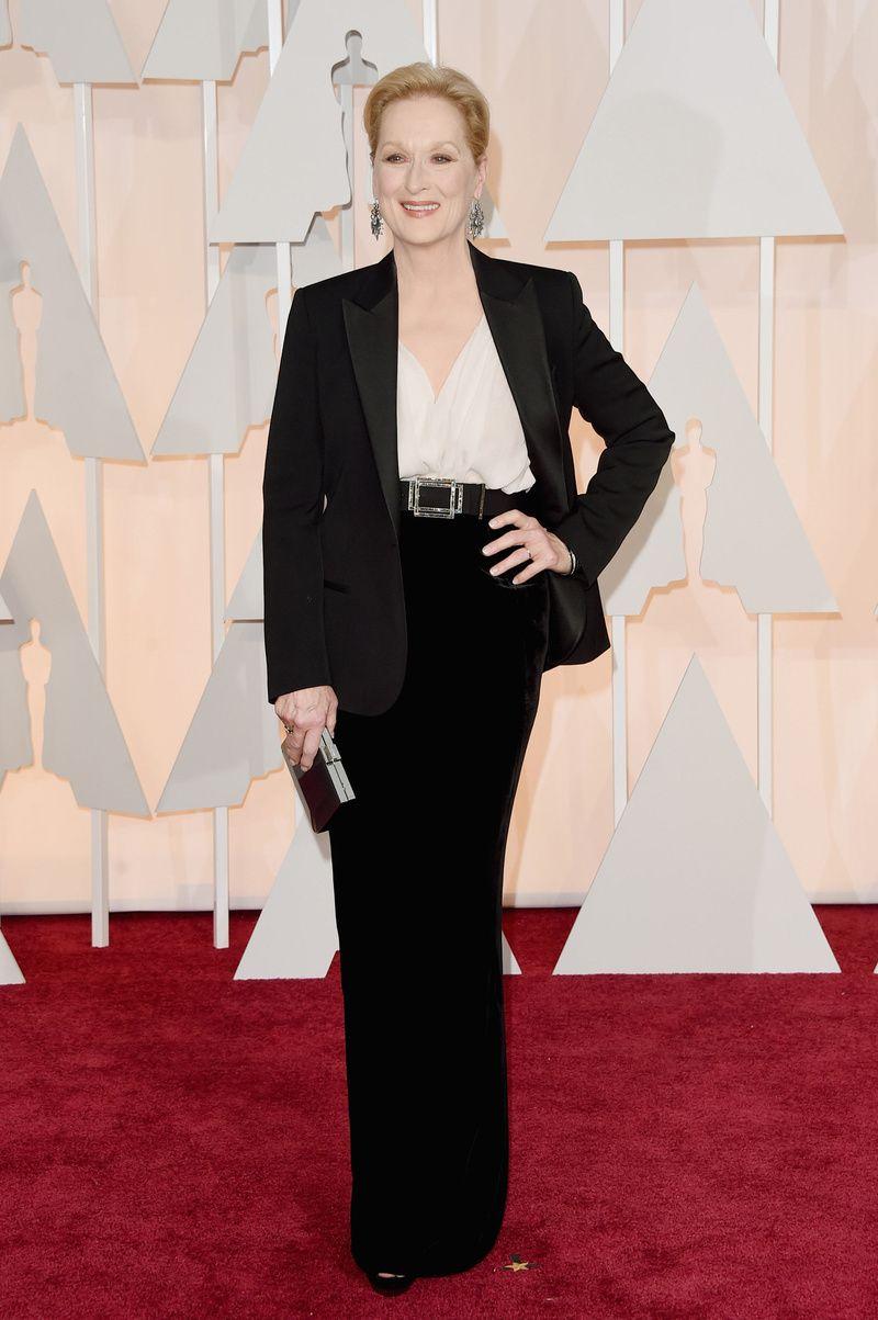 Meryl Streep, chaqueta negra y falda a juego de Lanvin #oscars2015