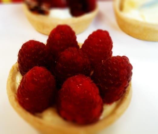 fresh raspberry tarts