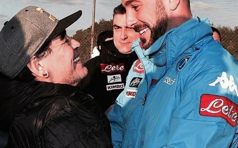 """FOTO - Reina: """"Grazie Diego, onorato!"""""""