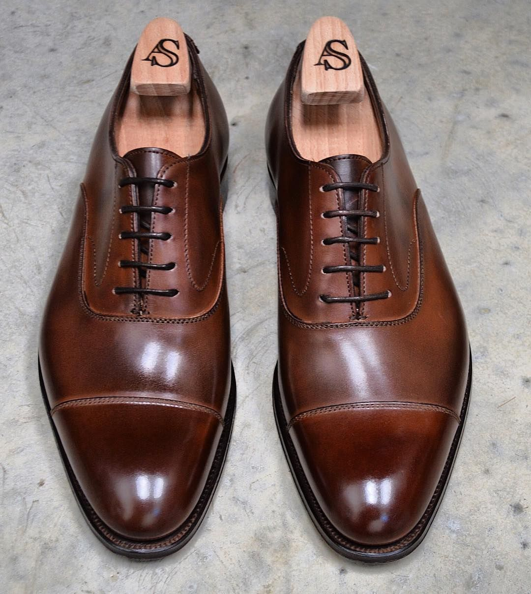 Armfield straight cap Oxford in burnished Oak by Alfred Sargent made for us  at AFPOS #