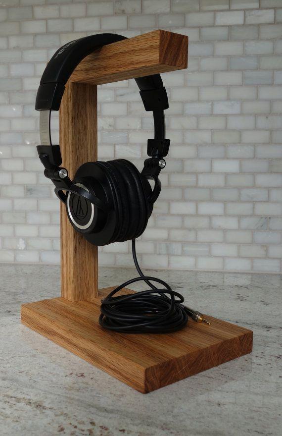 Wood Headphone Stand The Classic Headphone Holder Etsy In 2020 Diy Headphone Stand Wood Headphones Diy Headphones