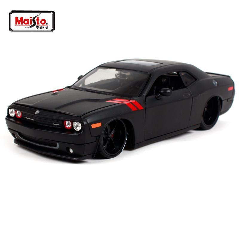 Dodge Challenger Die-cast Model