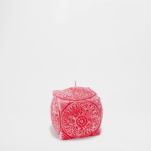 Vela forma cubo rosa
