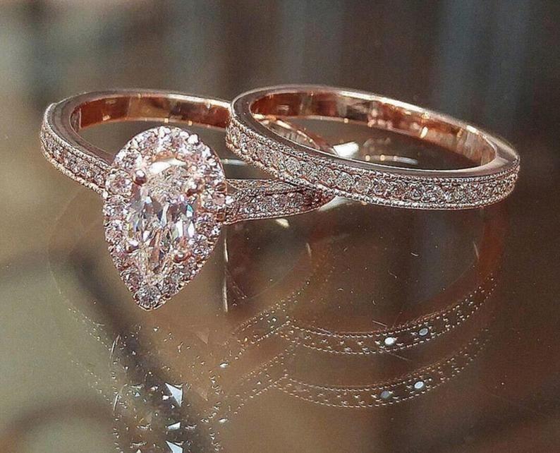 ROMANA | Pear Shape Rose Gold Diamond Ring, Pear C
