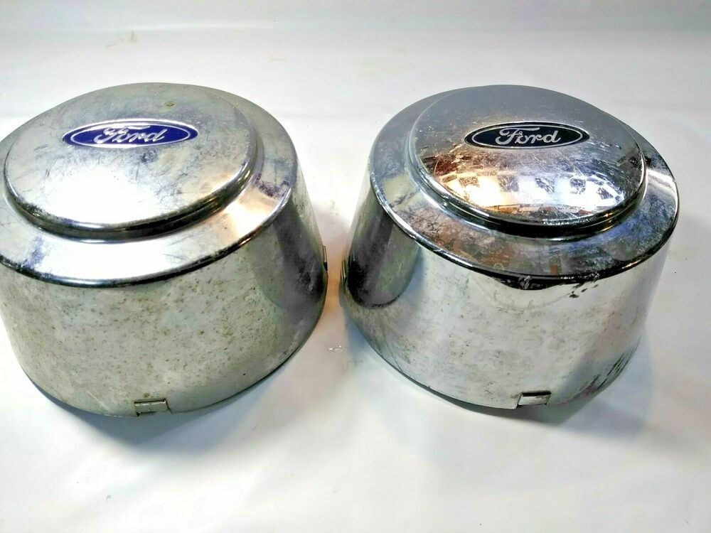 1999 Ford 350 Dually Two Set Rear Center Caps Pair. Used Caps