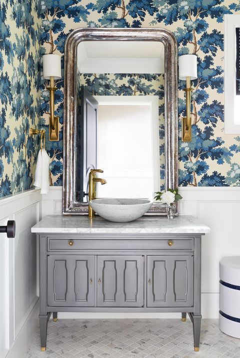 Photo of You'll Love These Powder Rooms That Go Big on Style