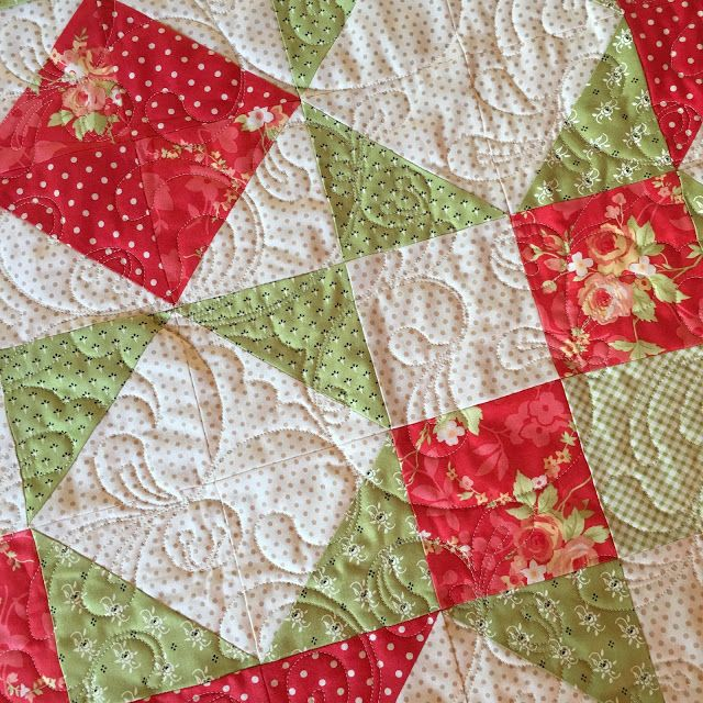 Carried Away Quilting sews a Moda Love Quilt for Christmas ... : quilt for christmas - Adamdwight.com