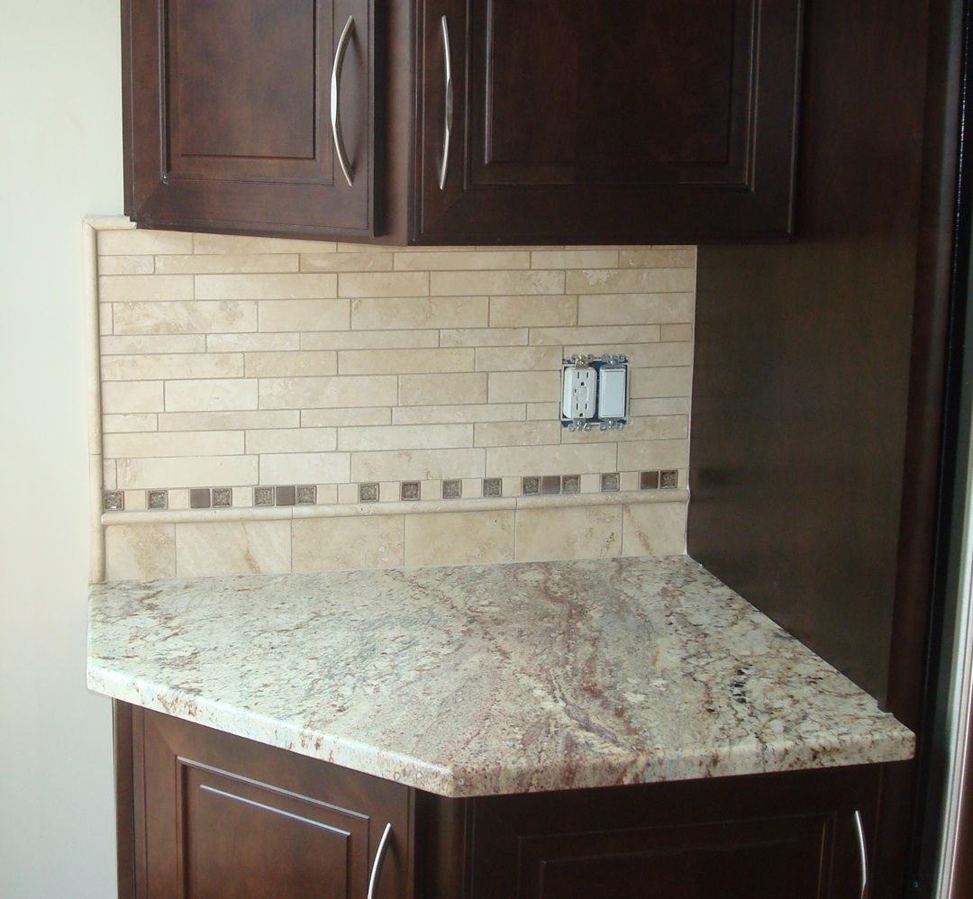 examples of travertine backsplashes edging - Google Search | House ...