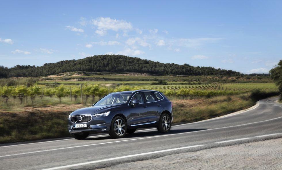 Volvo Recalling All 2019 2020 Models For Automated Brake Problem In 2020 Volvo Xc60 Volvo Volvo S60