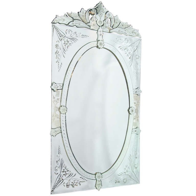 Beautiful Vintage Venetian Mirror with Oval Center Design and Reverse Etched Details Simple Elegant - Latest venetian glass mirror Simple Elegant