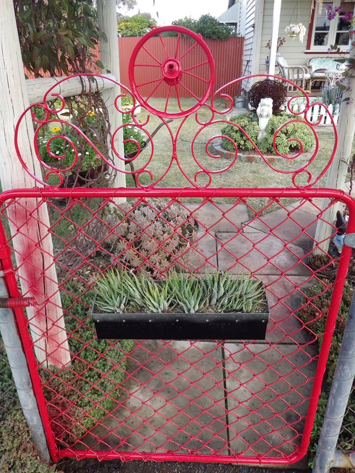 Here\u0027s my front gate I up cycled using an old iron magazine rack and - frontgate halloween