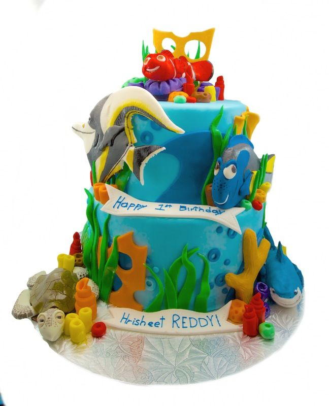 Finding Nemo 2 Tier cake with fondant topper and pieces Awesome