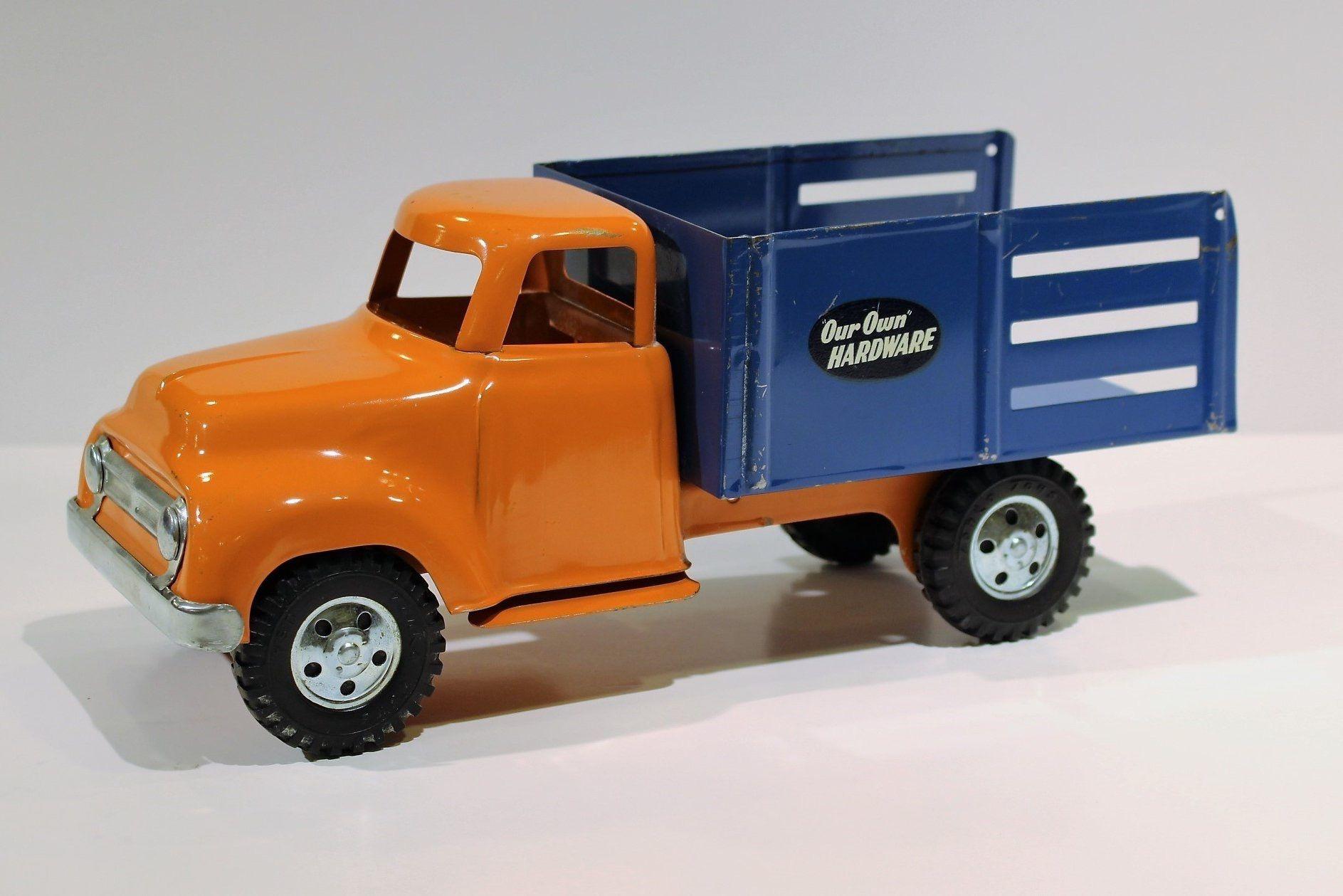 schmidt's food truck ace hardware