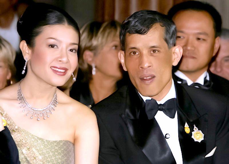Parin Yuy Md Thai King Maha Vajiralongkorn-9223