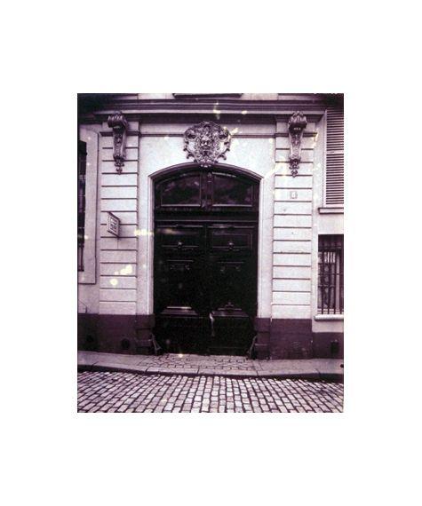 Eugène Atget, Hôtel 8 Rue d'Anjon Lafayette est mort Dans cette Maison le 20 Mai 1834 8e arr