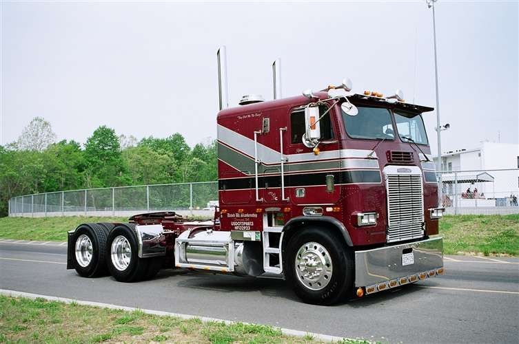 Early 80 S Freightliner Coe Could Be Detroit Power With The Twin
