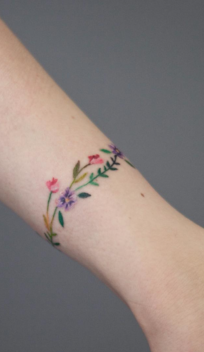 Image Result For Cuff Tattoos For Women: Image Result For Feminine Wrist Cuff Tattoo