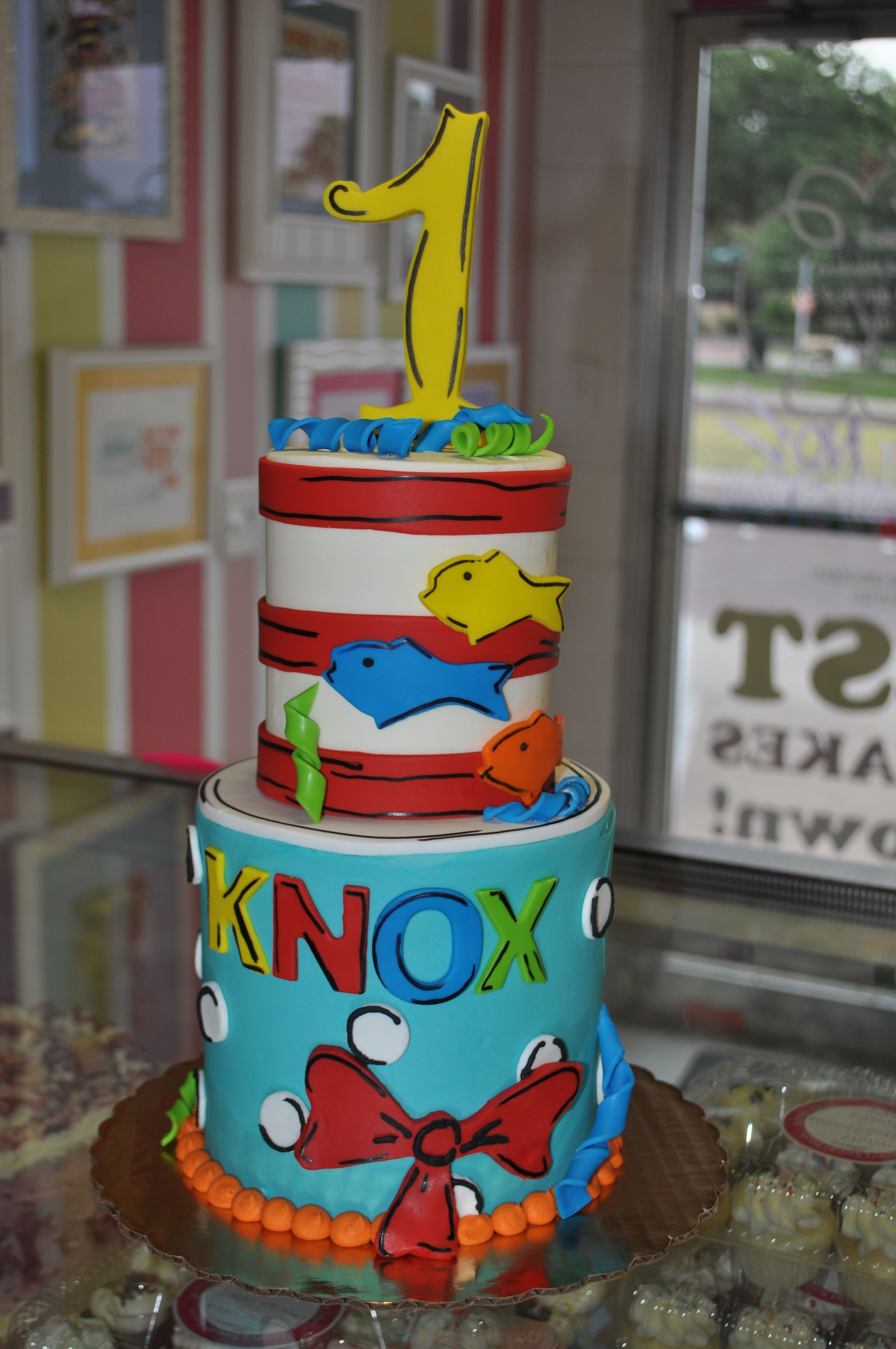 Enjoyable Dr Seuss First Birthday Cake Leahs Sweet Treats Fort Worth Tx Birthday Cards Printable Nowaargucafe Filternl