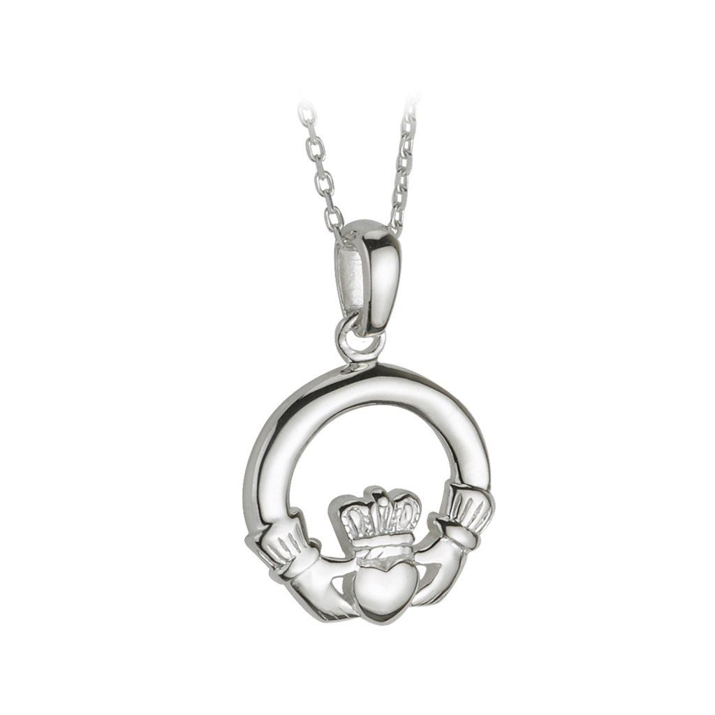 Add A Striking Irish Item To Your Wardrobe With This Claddagh