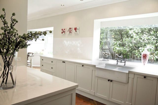 Dulux whisper white | Farmhouse kitchen design
