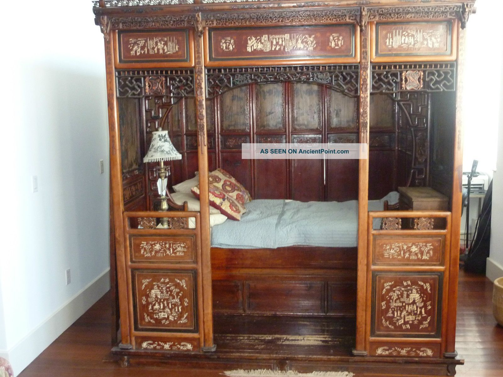 Antique Bed: Ming Dynasty Chamber Bed Circa 1850