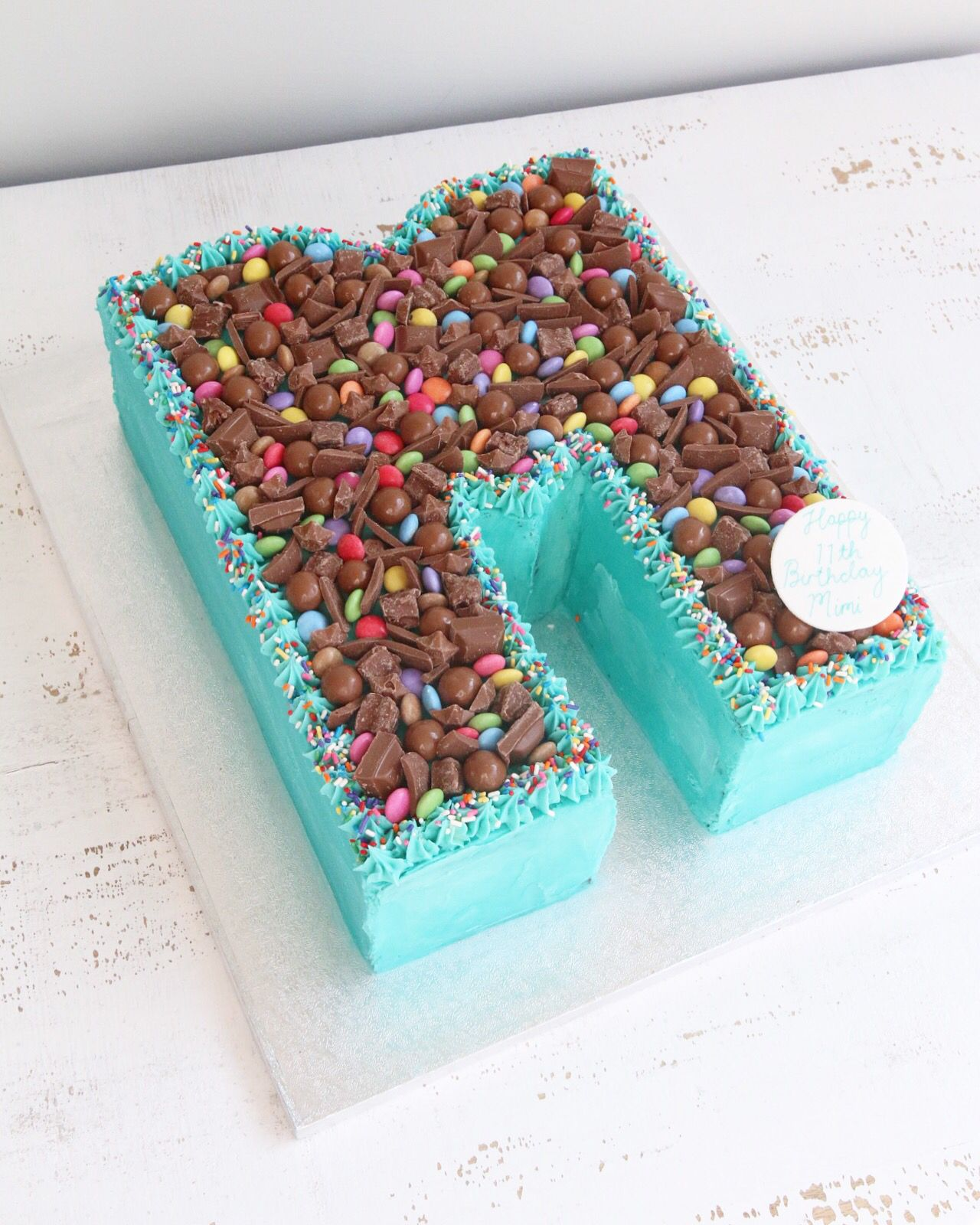 Incredible Letter And Number Buttercream Cakes Con Imagenes Tarta De Birthday Cards Printable Riciscafe Filternl