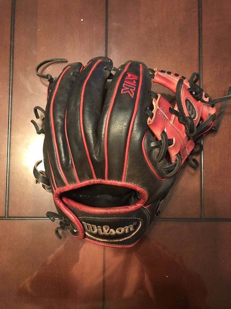 "Wilson Sport Gift Kids Boys BaseBall Glove Right Hand Throw 10/"" Black Blue"