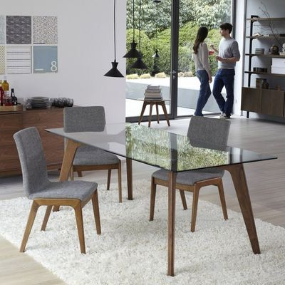 Love The Chairs Dine In Glass Dinning Table Glass