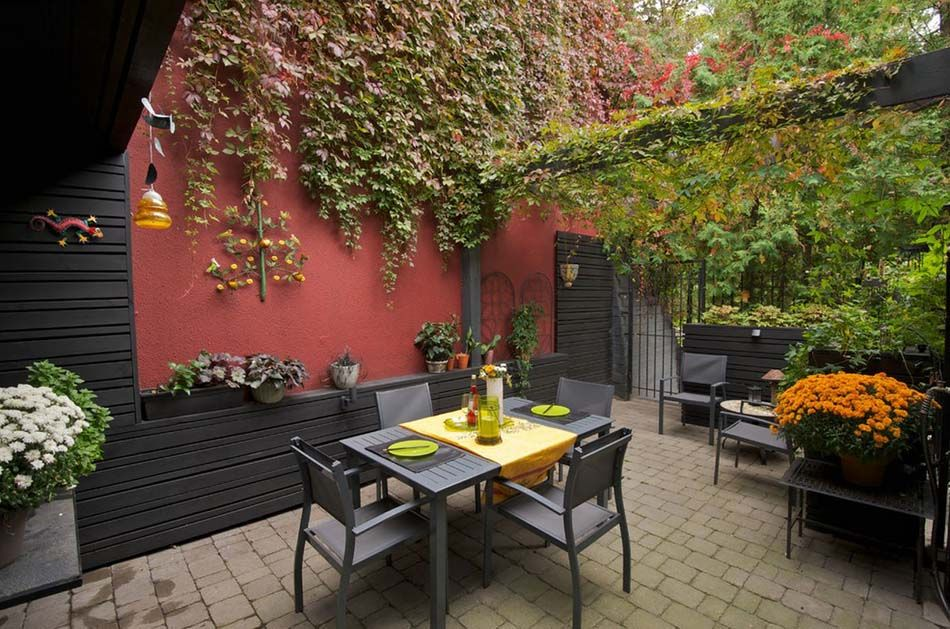 Am nagement terrasse de styles et inspirations diff rents for Amenagement cour exterieur maison
