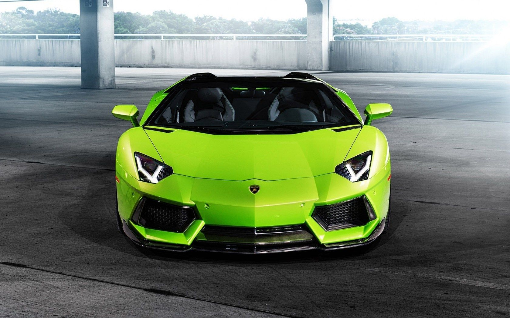 Lamborghini Green Car Hd Wallpaper Expensive Cars Hd Wallpaper