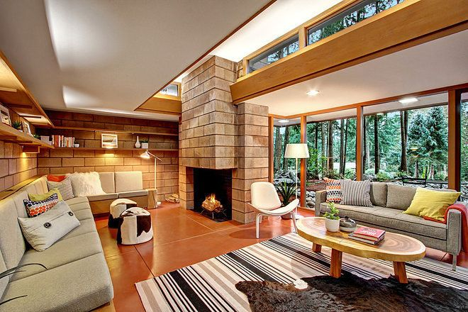 Renovated Frank Lloyd Wright Inspired Home Around Corner From Original Asks 879k Small Room Design Frank Lloyd Wright Homes Frank Lloyd Wright Interior