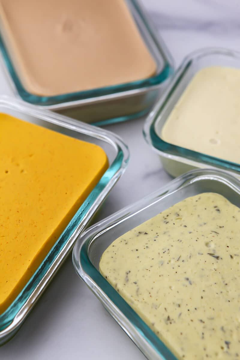 Showing You An Easy Way To Make A Homemade Vegan Cheese With Coconut Milk And No Nuts Rich And Crea In 2020 Vegan Cheese Vegan Cheese Recipes Easy Vegan Cheese Recipe