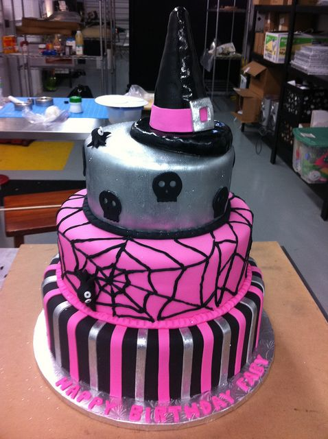 Halloween Cake by Mighty Fine Cakes, via Flickr just the bottom 2 - halloween birthday cake ideas