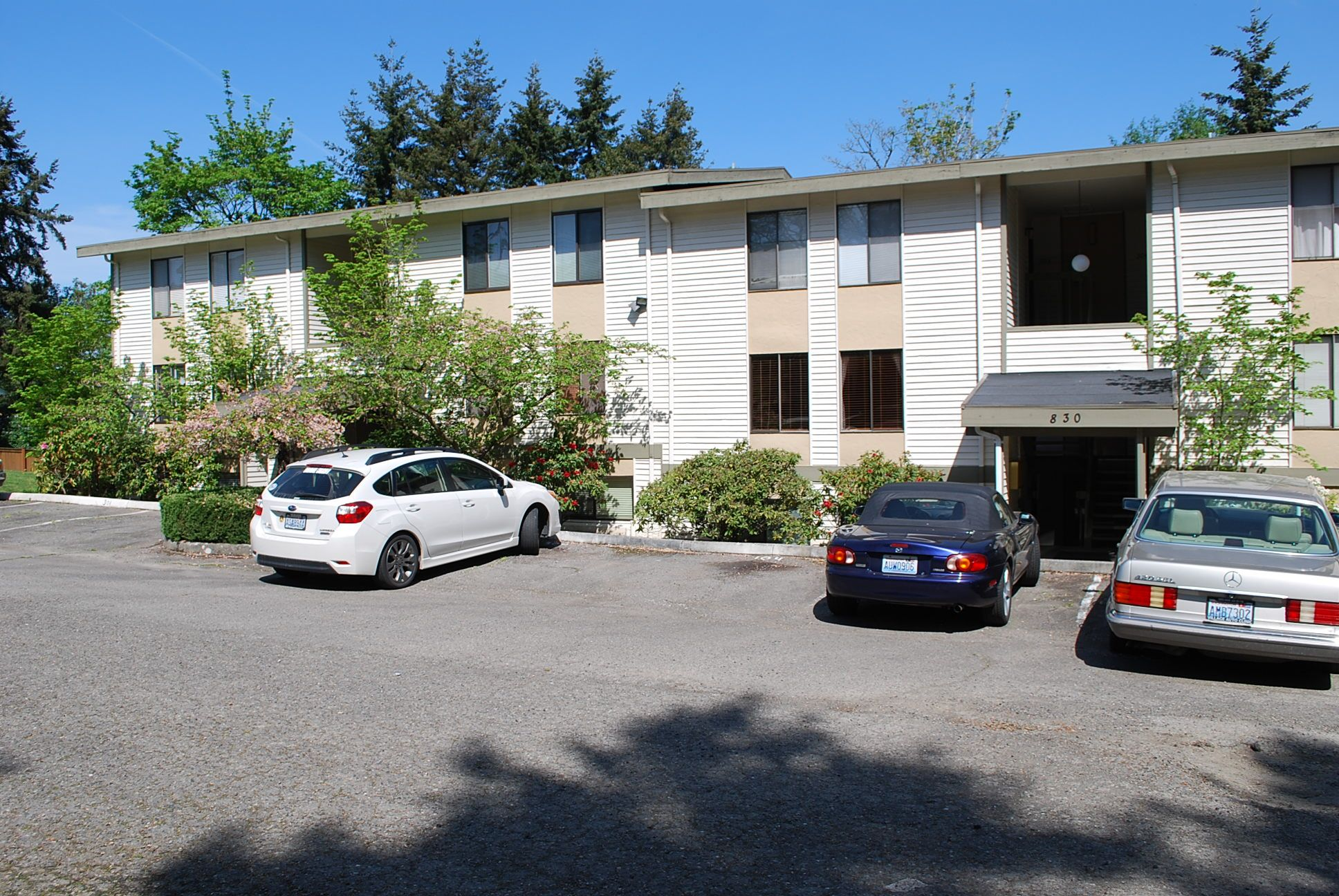 Fabulous Location In Kirkland Close To Everything Just Blocks From Downtown S