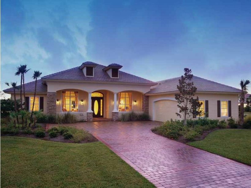 Mediterranean modern house plan with 2885 square feet and for Contemporary mediterranean homes