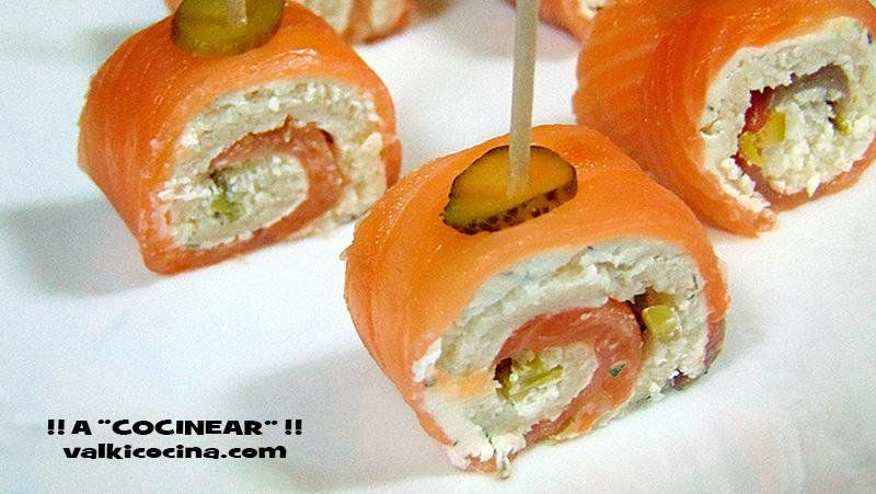Aperitivo de salm n ahumado y pan de molde aperitivos de - Aperitivos de salmon ahumado ...