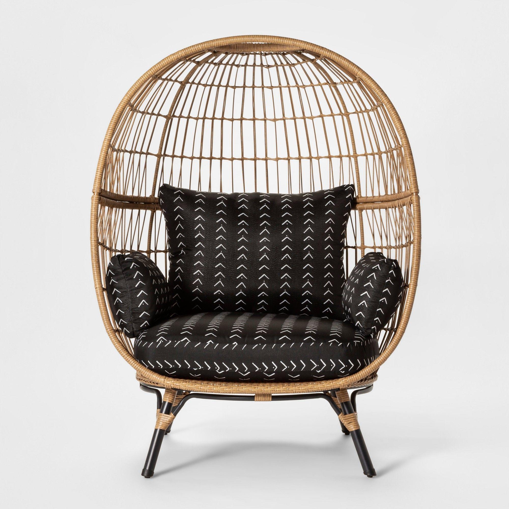 Southport Vee Stripe Patio Egg Chair Black/White