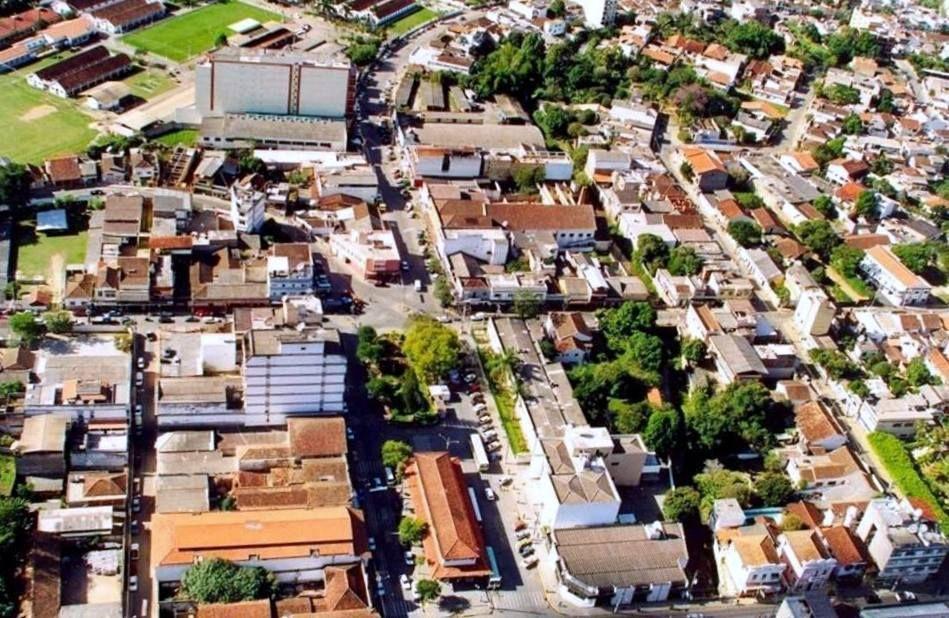 Vista aérea parcial do centro da Cidade de Cordeiro-RJ - Brasil ...