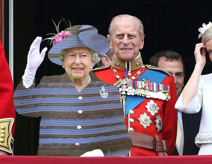 The Queen S Green Screen Outfit Sparks A Hilarious Internet Reaction Funny Dresses Queen Hat Photoshop Battle